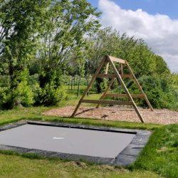 Kindvriendelijk vakantiehuis Walcheren Zeeland buiten spelen speeltuin