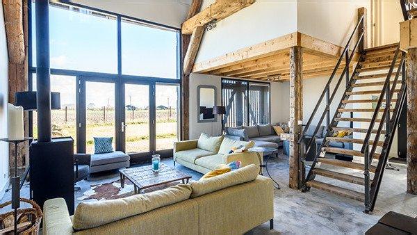 Beach Barn, luxe groepsaccommodatie in Oostkapelle Zeeland
