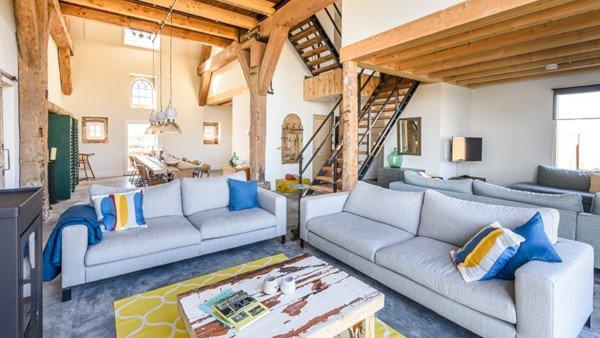 Sea Barn, ruime en comfortabelel verhuur locatie voor families, vriendengroepen en bedrijven
